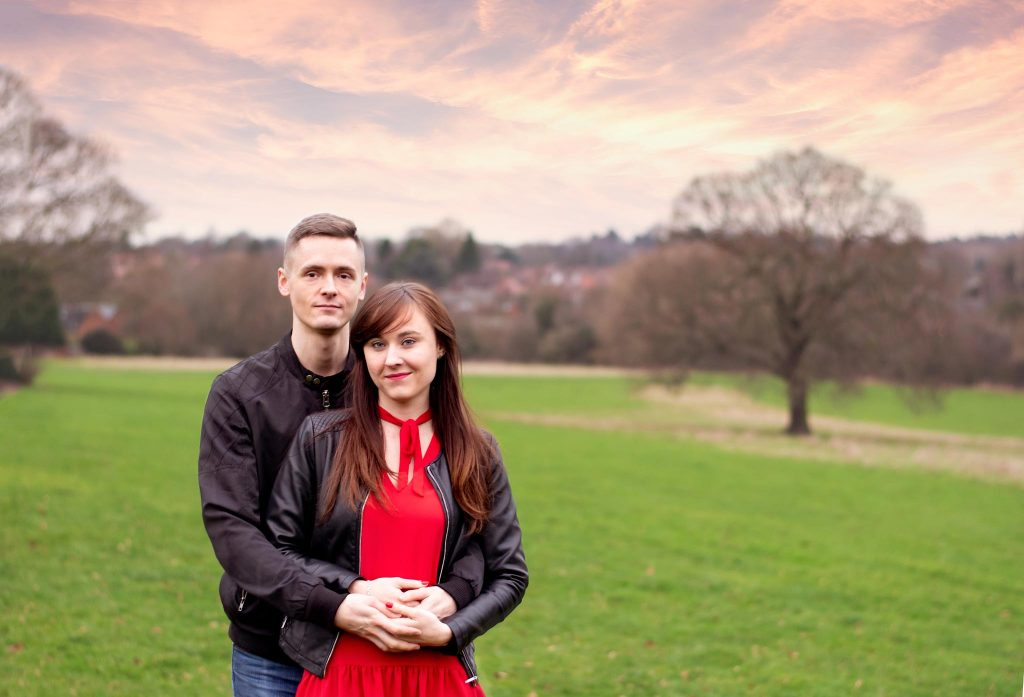 Warwickshire Photographer - Engagement session in the park in Birmingham